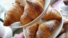 Nugátové croissanty  Ládi Hrušky